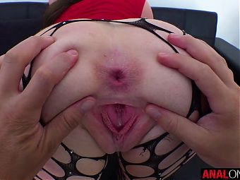 ANAL ONLY – Making sexy Mila Taylors ass gape